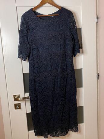 Granatowa sukienka midi