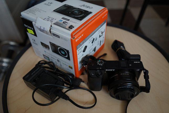 Sony A6000 z obiektywem 16-50mm