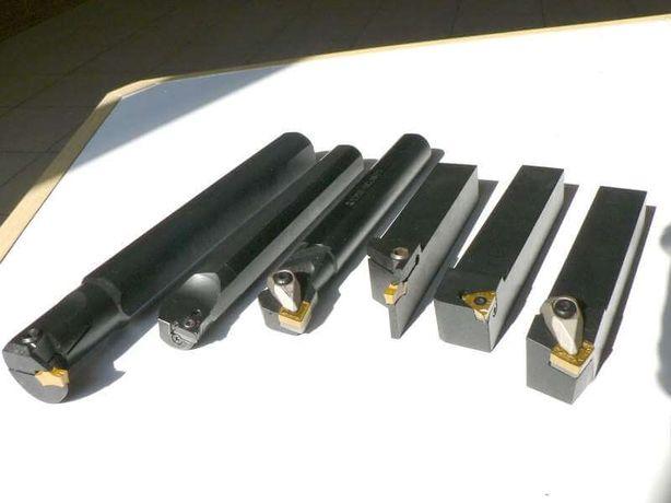 Токарні державки з механічним кріпленням пластинки. Токарь. Оснастка