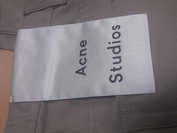 новые джинсы от Acne Studios