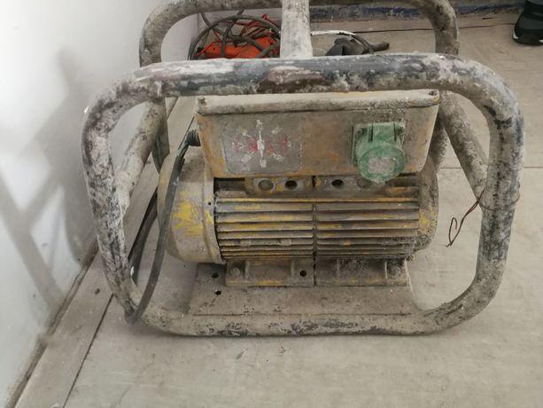 Wibrator do betonu WYSOKIEJ CZĘSTOTLIWOŚCI Enar Ptrzetwornica