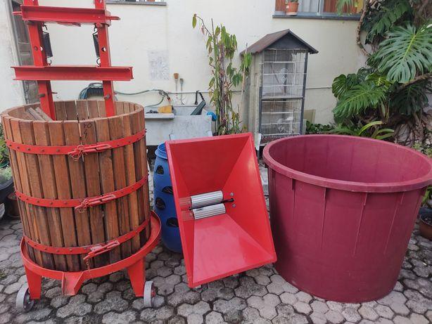 RESERVADO acessórios para fazer vinho. Esmagadora, sincho e dorna 500l