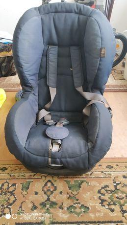 Fotelik samochodowy 9-18 kg firmy Maxi-Cosi
