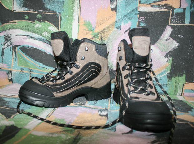 кожаные ботинки кроссовки Everest,Water-tex,39 р,26 см