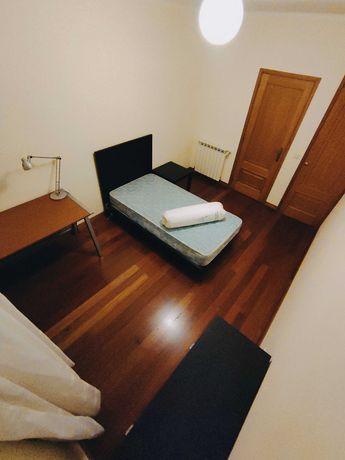 Aluga-se quarto no centro de Braga