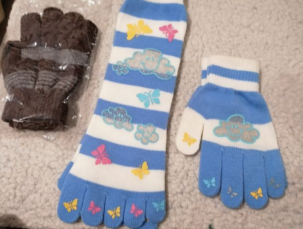 Conjunto de Luvas e meias