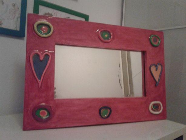 Espelho artesanal de parede, com moldura, para quarto de criança
