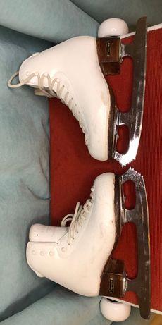 Срочно! Продам коньки фигурное катание Risport RF3