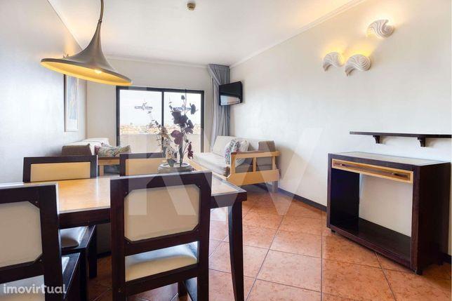 Excelente Apartamento T0 em condominio - Albufeira