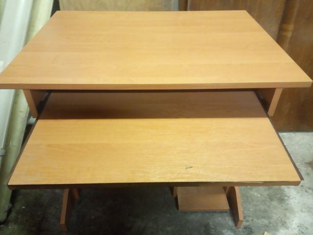 Biuro biurko stolik