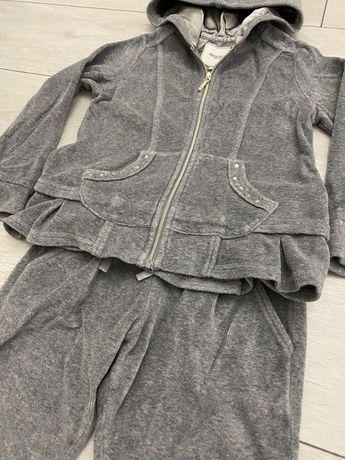 Костюм для девочки, 116р.Платья,обувь,одежда,туЛи