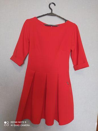 Продам плаття, недорого)