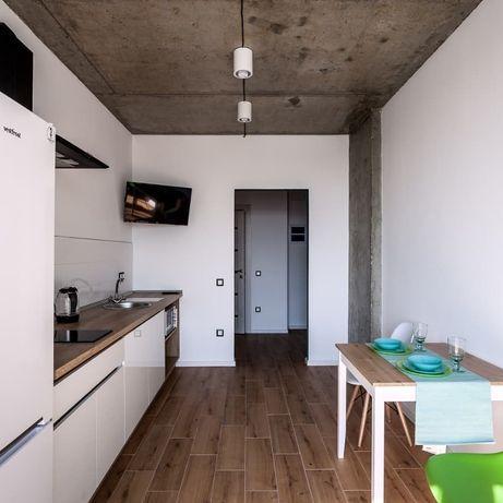 Квартира з стильним дизайном в зданій новобудові. Є орендарі.