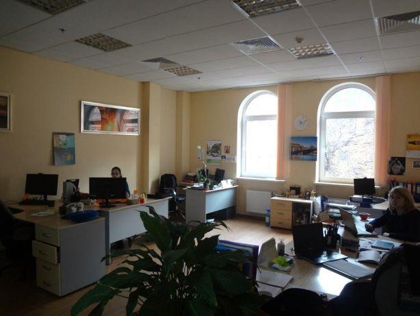Аренда офиса в БЦ на Подоле, ул. Верхний вал (160 м2)
