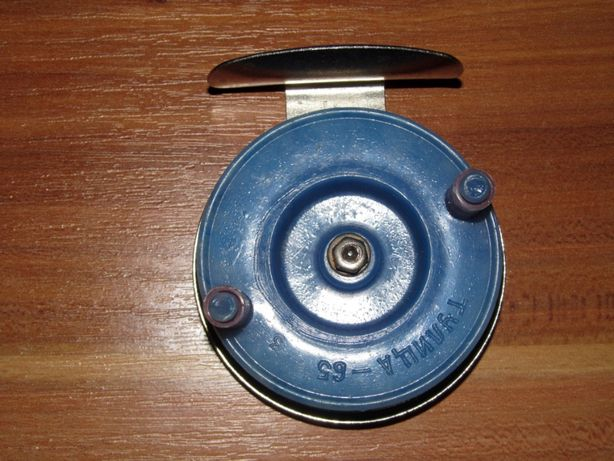 Рыболовная катушка на удочку инерционная диаметр 60 мм