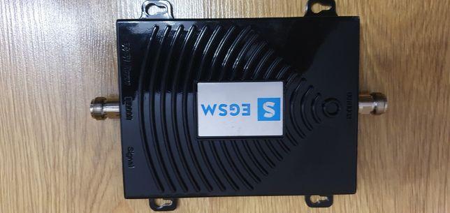 Mocny Wzmacniacz GSM sygnaflex wraz z antenami tsunami 20 i 7 db