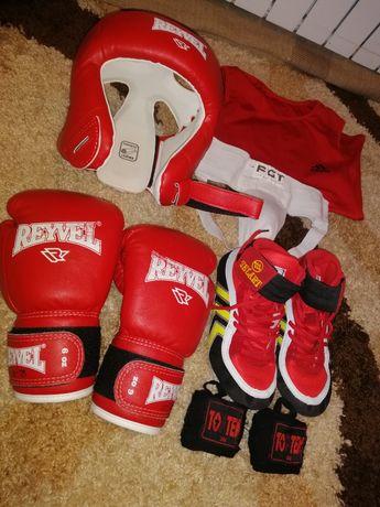 Для бокса форма, Бутсы, защита, Капа, бинты