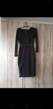 Sukienka z siatkowymi wstawkami M