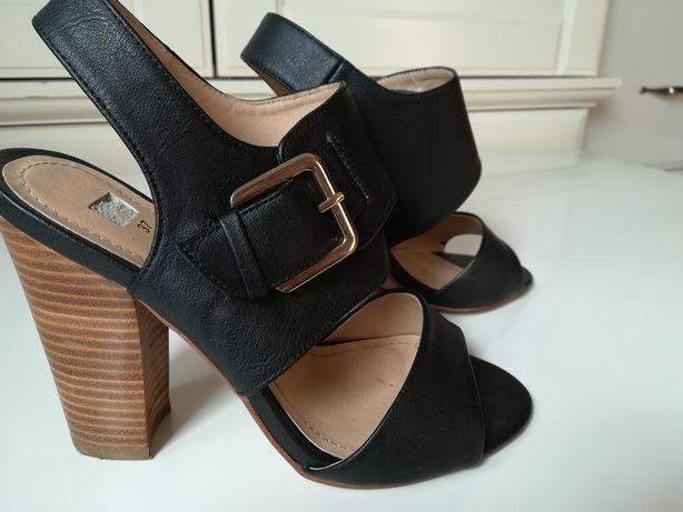 Sandały, buty na słupku 37 czarne eco skóra