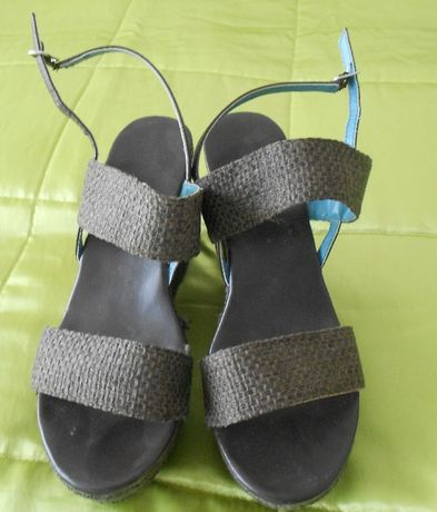 Sandalia Sapato Benneton