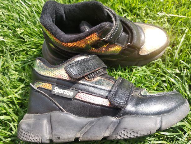 Дитячі кросівки, розмір 31