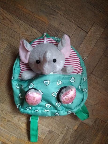 Детский рюкзак с игрушкой