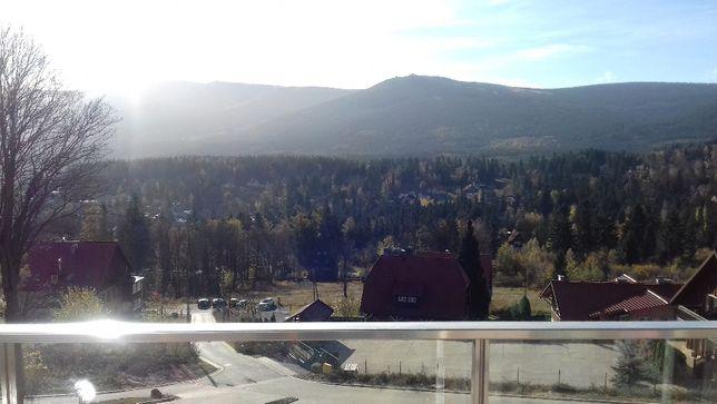 Wynajem apartamentu z pięknym widokiem , Izerska 8B m 11