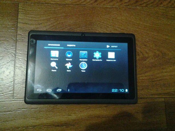 Продам планшет Tablet PC Q8 gs701b