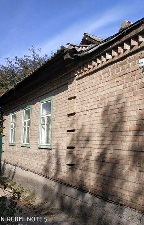 Кирпичные пол дома на Кущевке