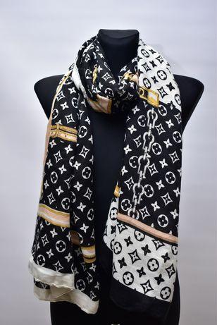 Nowy szalik w stylu Louis Vuitton