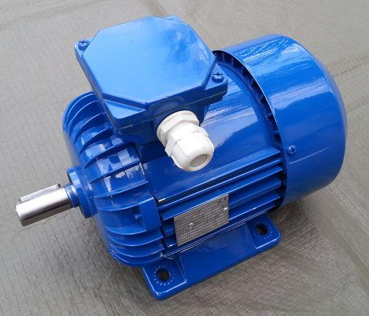 Nieużywany trójfazowy silnik elektryczny 400V 0,75kW 750W 2800obr/min