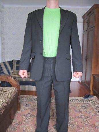 костюм чоловічий