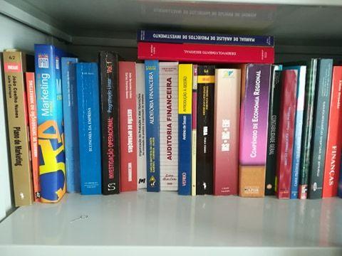 Livros de Economia e Gestão