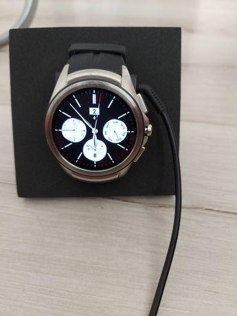 Часы/Годиник LG Watch Urbane 2nd Edition W200