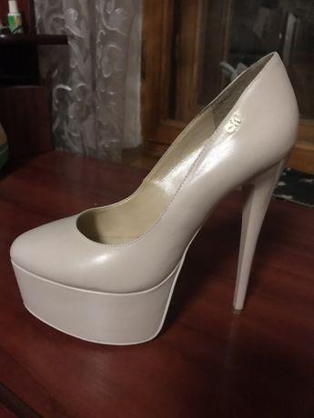 Туфли женские MIA