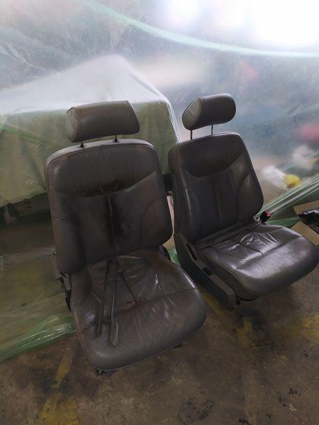 Сиденья Mercedes 500