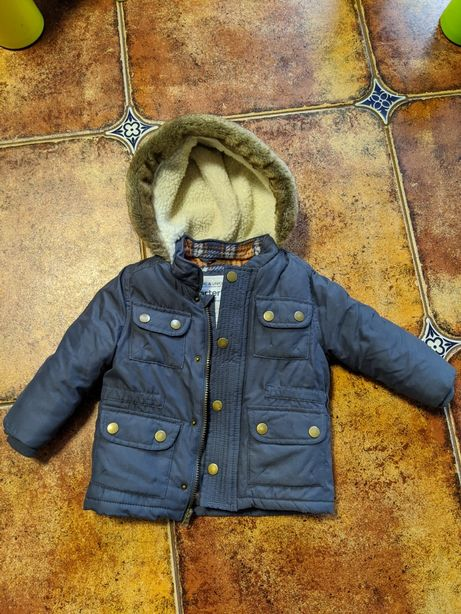 Курточка куртка carters 24 месяца , до 2 лет
