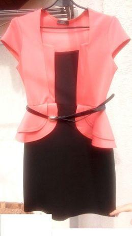 Sukienka z baskinką roz. L