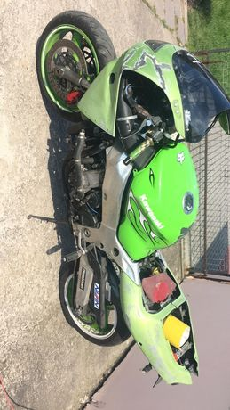 Motocykl Kawasaki ZX9
