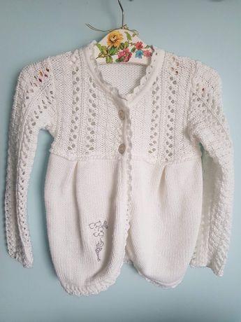Sweterek biały dla dziewczynki 134cm