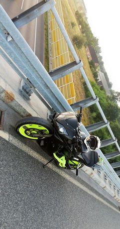 Honda CBR F4i Stunt