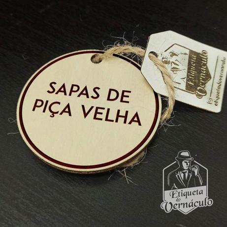 porta chaves etiqueta vernáculo sapas velhas