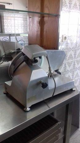 Fiambreira - Máquina de fatiar