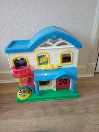 Domek dla lalek grajacy