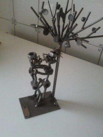 Estatua de metal hinz & kunst