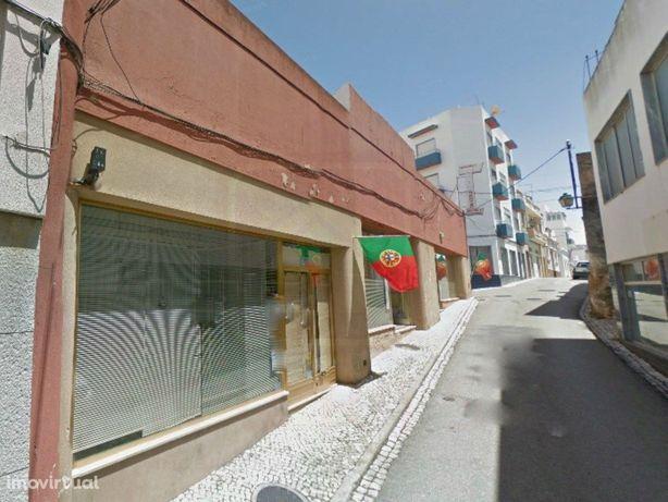 Armazém para Arrendamento no Centro de Portimão, Algarve