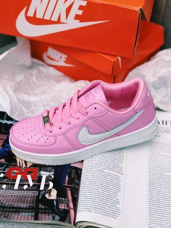 Кроссовки Розовые с белым Nike Air Force 1 Naruto