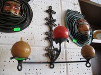 Świecznik metalowy wiszący prl vintage czarny
