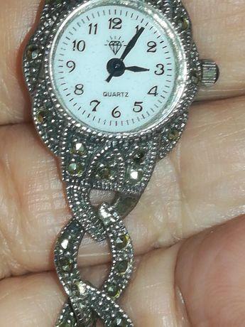 Dawny srebrny 925 z markazytami zegarek.