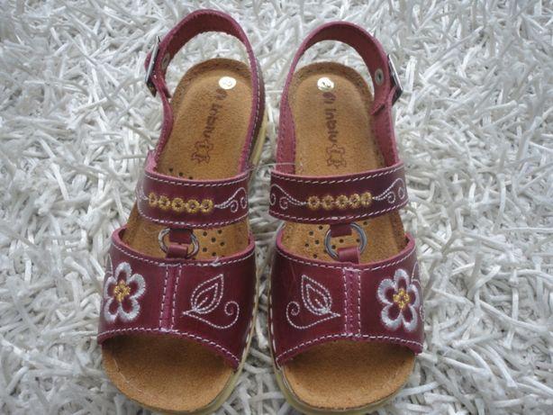 Продам босоножки, сандали рр. 30 (18 см)